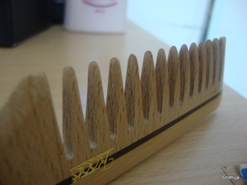 Roots Wooden Comb