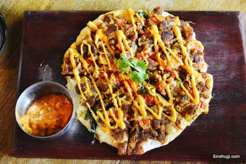 Kheema curry dosa