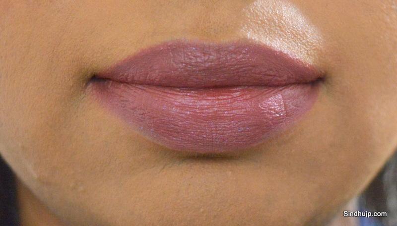 Lakme 9-5 Wine Play lip swatch