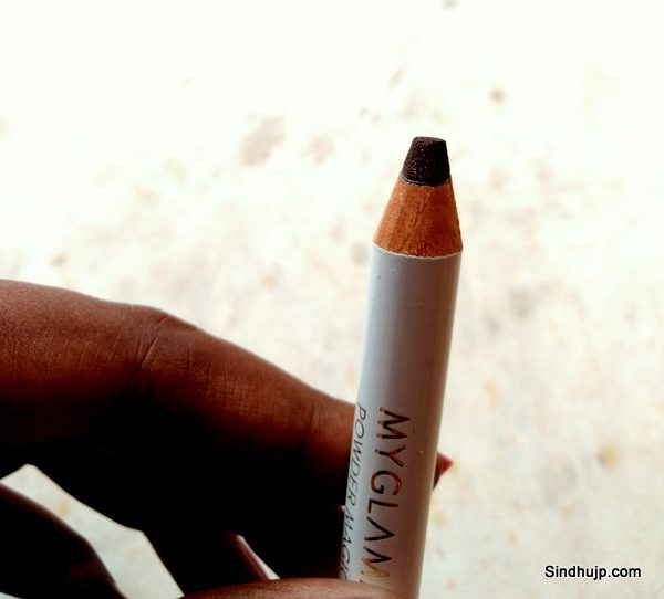 Myglamm POWDER MAGIC - SMOKY QUARTZ - POWDER EYESHADOW STICK & LINER review